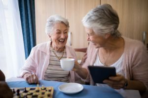 5 Benefits of Assisted Living Apartments